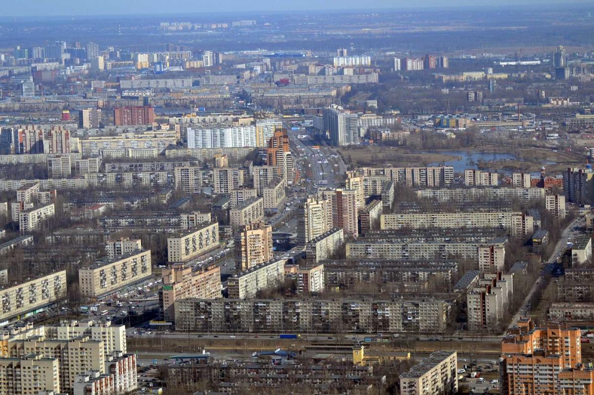 Фрунзенский район все больше напоминает декорации фильма «Брат»